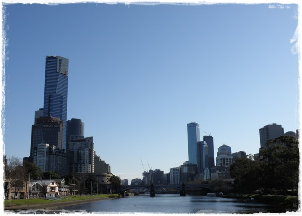 Looking down the Yarra River toward Melbourne CBD...